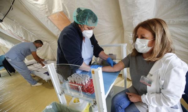 Нарасна пак броят на смъртни случаи от COVID 19 в Италия