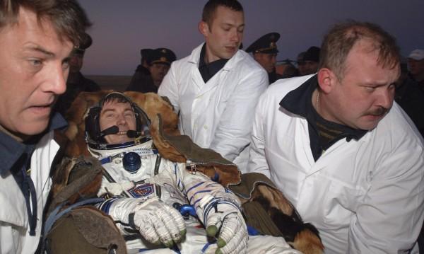 """Историята на космонавта Сергей Крикалев – 312 дни на """"Мир"""", а светът се разпада"""