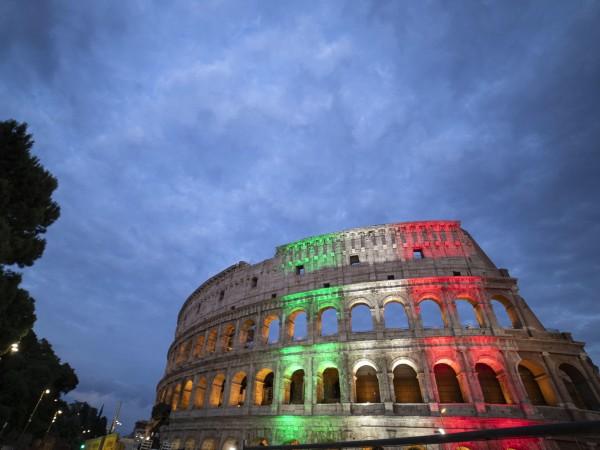 Колизеят в Рим може да бъде посетен отново, след като