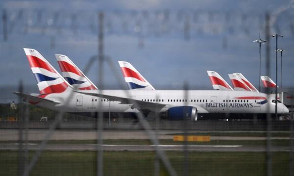В Англия недоволстват срещу карантината за пристигащите на Острова
