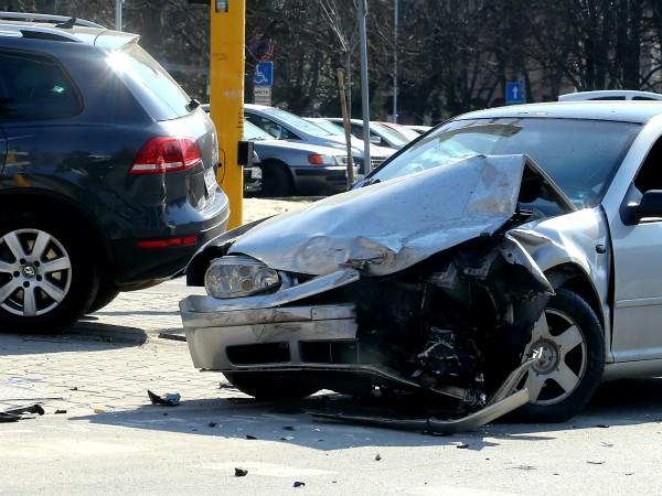 35-годишен мъж е пострадал при катастрофа в Добрич. Това съобщиха