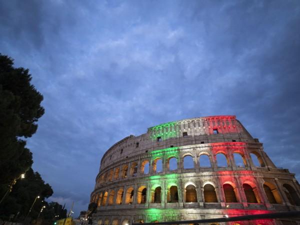 След 84 дни Колизеумът в Рим отново е отворен за