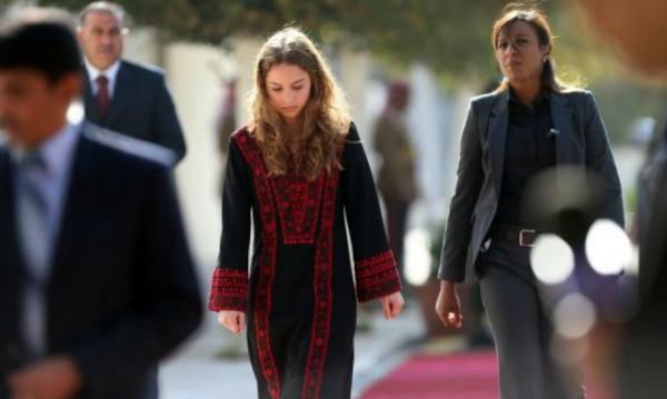 По стъпките на майка си: Принцеса Иман от Йордания