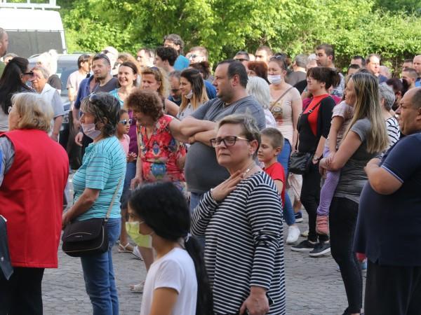 """Жителите на столичния квартал """"Захарна фабрика"""" излязоха на пореден протест."""