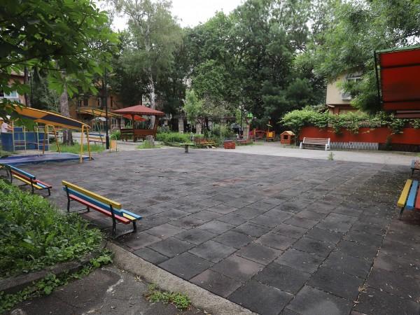 Около 2800 свободни места са останали в детските градини в