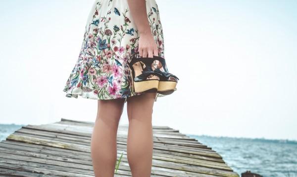 Лято, слънце, море... Какви сандали ще са актуални?
