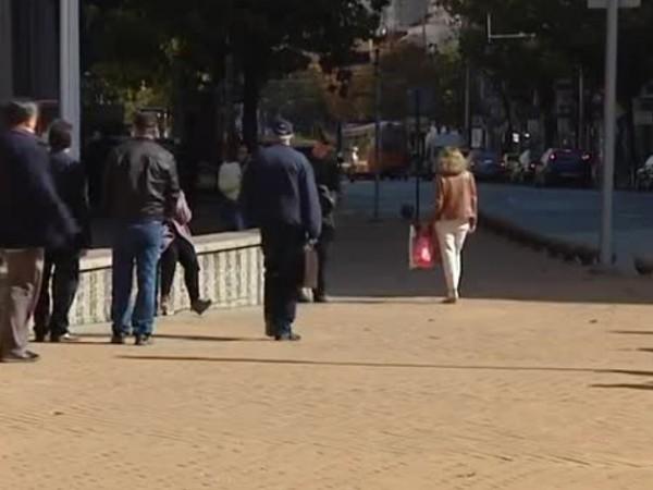 България оглави класация по вярване в конспирации за коронавируса. Това