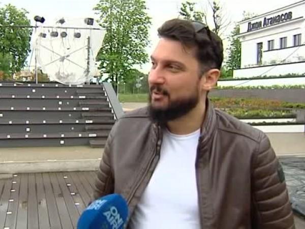 """След няколко месеца раздяла със зрителите трупата на Театър """"Българска"""