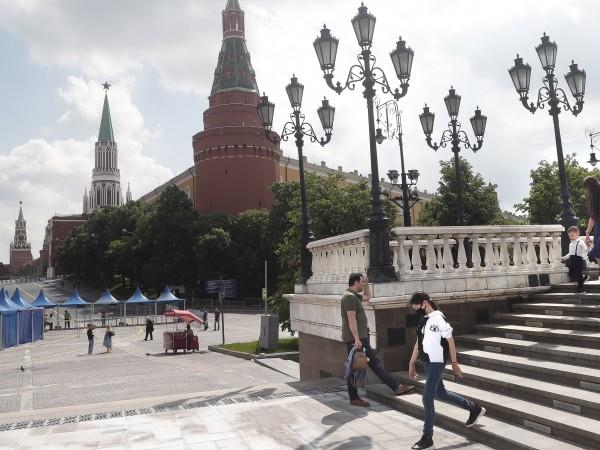 Русия разреши на гражданите си да напускат страната, за да