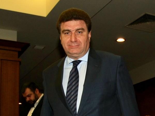 Валентин Златев излезе с позиция по повод замесването на името
