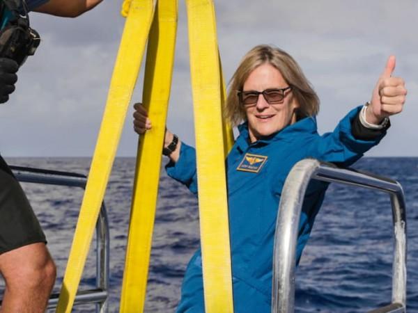 Само осем човека са стигали до най-дълбоката точка на Марианската