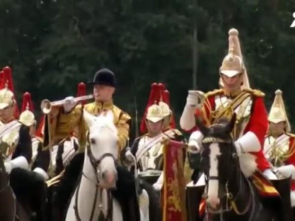 Парадът за рождения ден на кралицата във Великобритания е отменен