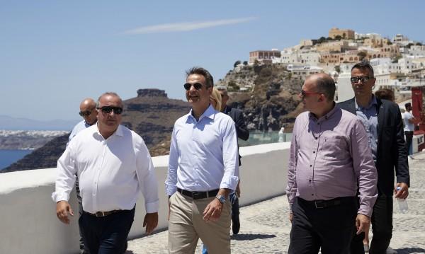 Гърция обяви: Готова е да посреща туристи!