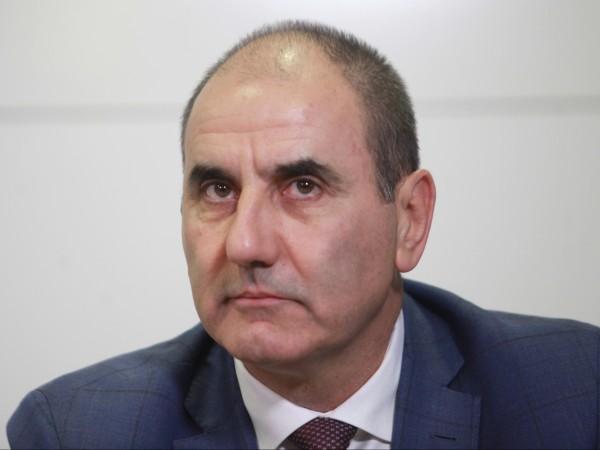 """Бившият """"втори"""" в ГЕРБ Цветан Цветанов напусна партията. Това съобщи"""