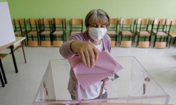 Избори в Сърбия по време на пандемия – кой ще победи?