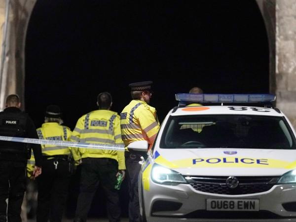 Британската полиция е арестувала 25-годишния либиец Хаири Саадаллах за нападението