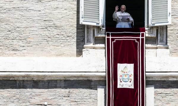Папа Франциск призова да се грижим повече за околната среда