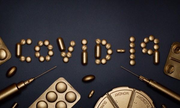 Вирусолог: Не е потвърдено да има по-лек вариант на COVID-19