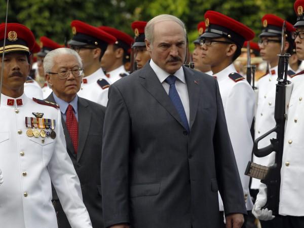 Коронавирусът разклати авторитета на много световни лидери. Сред тях е