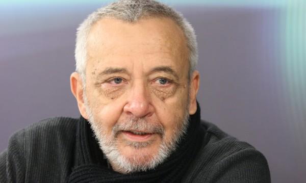 Анри Кулев с Наградата на София при откриването на СФФ