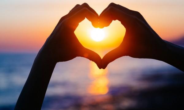 Месечен любовен хороскоп за юли