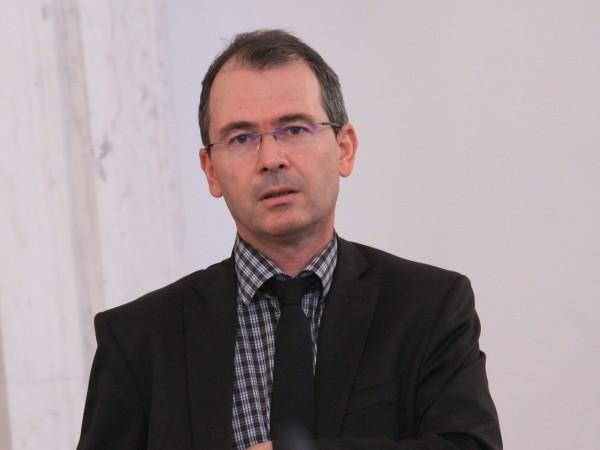 И зам.-главният секретар на МВР главен комисар Георги Арабаджиев подаде