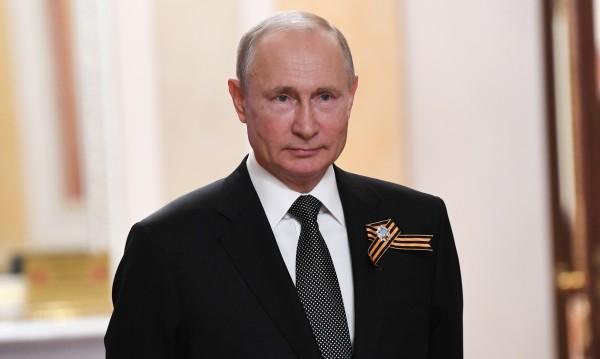 Путин: Русия ще излезе достойно от кризата с коронавируса