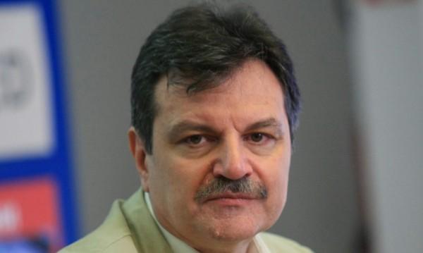 Д-р Симидчиев: Не е доказано, че COVID-19 минава по-лесно през лятото
