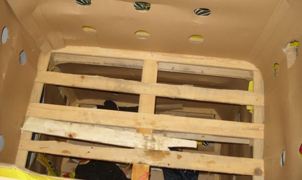 Условена присъда за мигрантите, открити в камион с дини