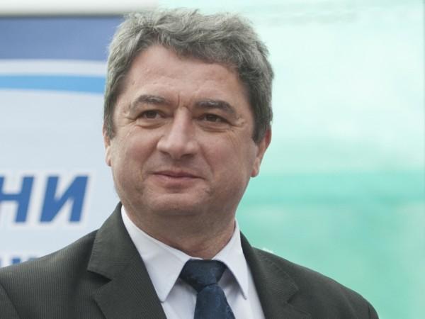Бишият вътрешен министър Емануил Йорданов смята, че ако има служба