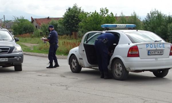 Ромският квартал в Кюстендил остава под блокада
