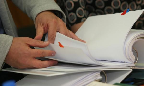 Бобоков и Узунов си писали за помилване на осъден, процедура няма