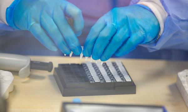 Купуваме още 42 000 PCR теста, идват от Корея