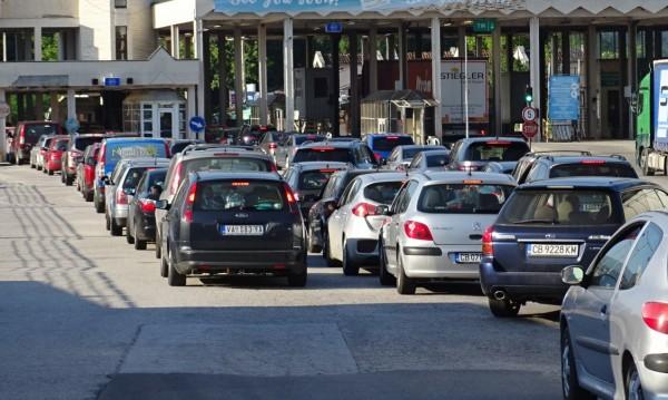 """Недоволство в Гърция заради спирането на колите през """"Маказа"""""""
