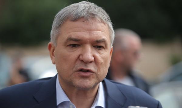 Пламен Бобоков си чатил с Prezident - Rumen Radev