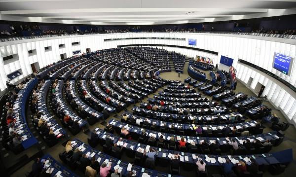 Скандал в Брюксел, крадци обират депутати в Европарламента