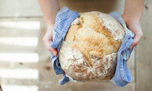 Ниски добиви от зърно, провал на реколтата, ще поскъпне ли хлябът?