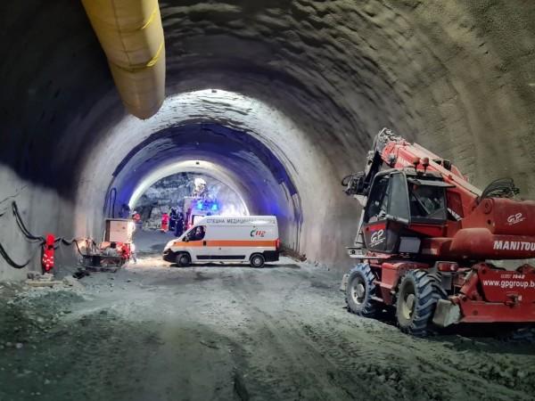 """Няма техническа и човешка грешка при инцидента в тунел """"Железница"""""""