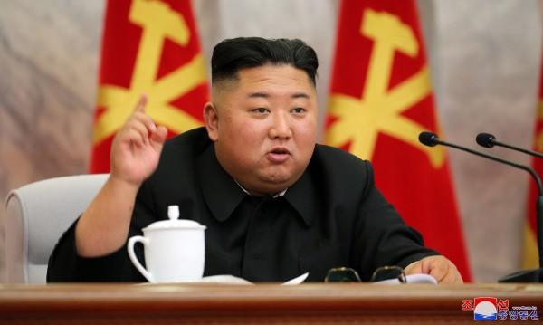 Ким Чен Ун: Отговорът на КНДР срещу коронавируса - блестящ успех