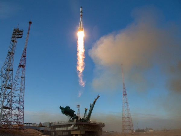 Надпреварата за туристически полети в Космоса се разгаря все повече