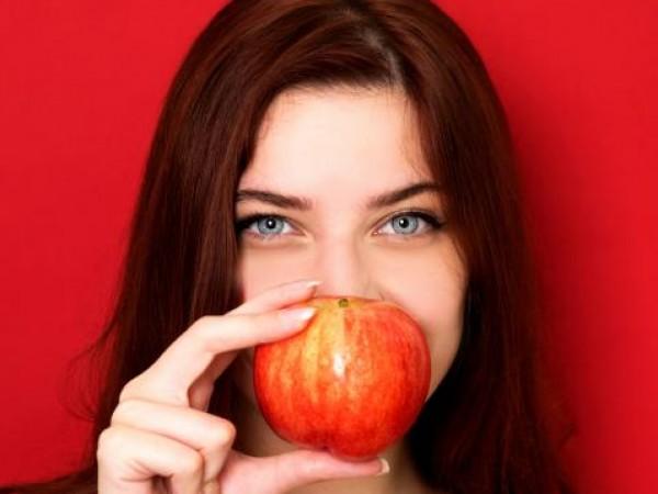 Зачервяването на лицето е често срещан проблем на кожата. Освен