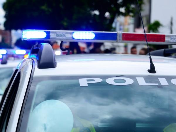 Мъж, който е бил зарязан, е арестуван след като отправил