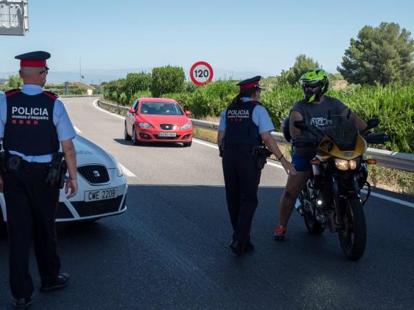 Северозападната испанска автономна област Галисия наложи ограничения на около 70