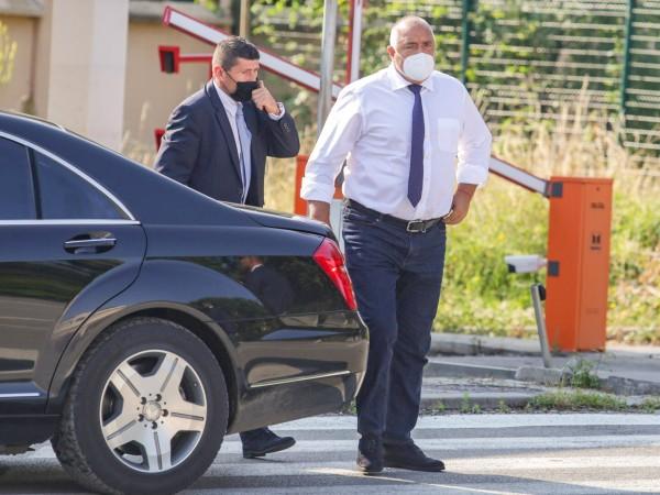 Спецпрокуратурата разпитва премиера Бойко Борисов по разследването срещу Пламен Бобоков