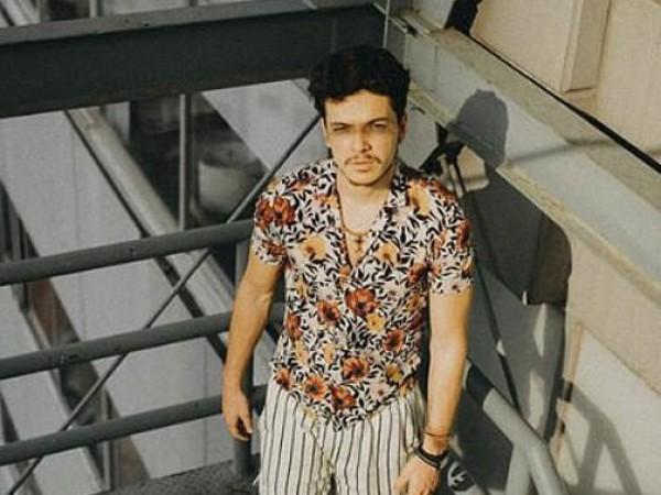 След близо един месец отсъствие от социалните мрежи, мексиканският актьор