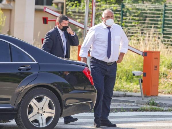 Премиерът Бойко Борисов каза, че е водил многократно комуникация с