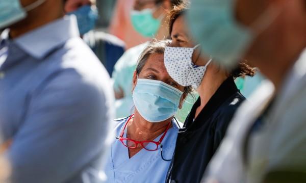 Кои са опасните митове, които помагат на коронавируса да се разпространява?