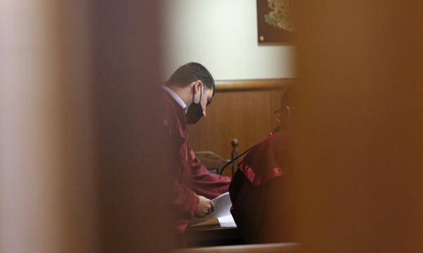 Връзка с ключове изхвърлил задържаният шеф в ГДБОП