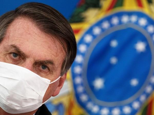Президентът на Бразилия Жаир Болсонаро е с положителен тест за