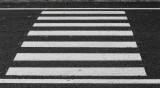 Кола блъсна мъж и жена на пешеходна пътека в Шумен